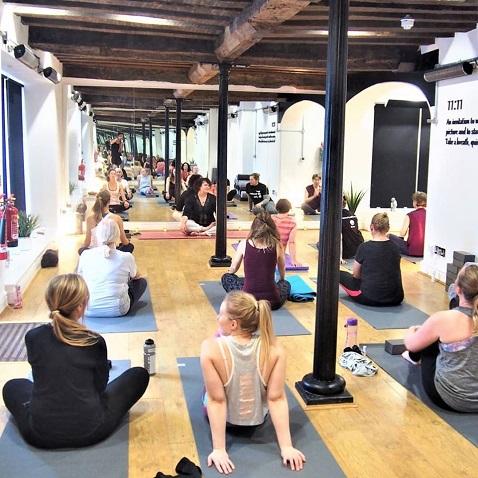 Calefacción eficaz para estudios de yoga calientes